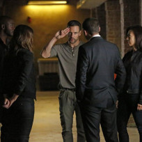 Will Lance Hunter Stick Around on Agents of S.H.I.E.L.D. Season 2 Episode 2