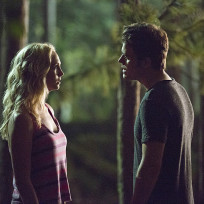 Caroline-and-stefan-meet-in-the-dark-the-vampire-diaries-s6e3