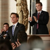 Standing Behind Fitz - Scandal Season 4 Episode 2