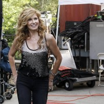 Rayna gets proactive nashville