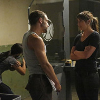 Hunter and Skye Bond - Agents of S.H.I.E.L.D. Season 2 Episode 3