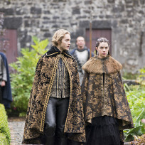 "Reign Photos from ""Drawn and Quartered"""