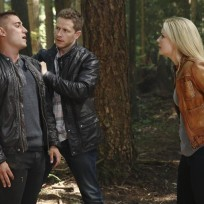 Under Arrest - Once Upon a Time Season 4 Episode 3