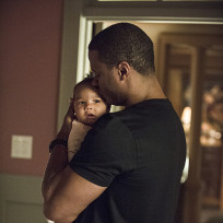 Baby Daddy - Arrow Season 3 Episode 3