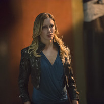 Laurel's Seen Better Days - Arrow Season 3 Episode 3