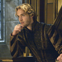 "Reign Season 2 Episode 4 Photos ""The Lamb and the Slaughter"""