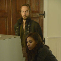 On to Something - Sleepy Hollow Season 2 Episode 5