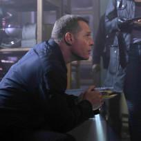 Voight Crosses Over - Chicago Fire Season 3 Episode 7