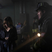 Severide and lindsay examine the scene chicago fire s3e7