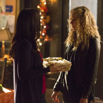 Liv on Friendsgiving - The Vampire Diaries Season 6 Episode 8
