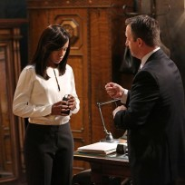 Olivia Wears a Wire - Scandal Season 4 Episode 8