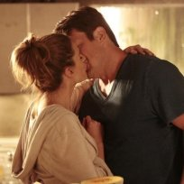 Caskett kissing