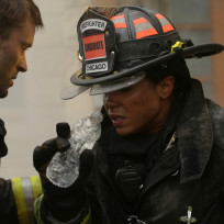 Dawson takes a water break - Chicago Fire Season 3 Episode 8
