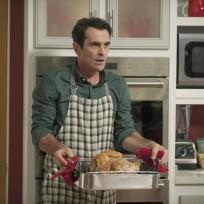 Phils thanksgiving dinner modern family
