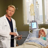 Owen with a Patient - Grey's Anatomy Season 11 Episode 8