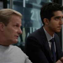 Will protects neal the newsroom s3e2