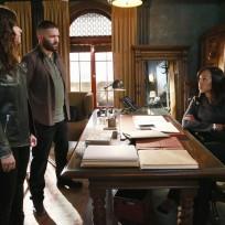 Trio of Gladiators - Scandal Season 4 Episode 9