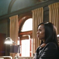 Olivia in thought scandal s4e9