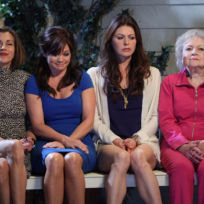 Hot in cleveland image