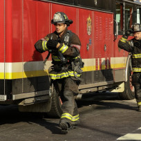 Severide arrives chicago fire season 3 episode 9