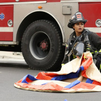 Dawson readies the inflatables chicago fire season 3 episode 9