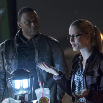 What?! - The Flash Season 1 Episode 8