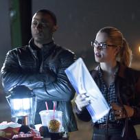 Big Belly Burger Break - The Flash Season 1 Episode 8