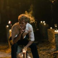 Constantine smokes s1e5
