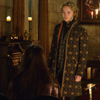 At his feet reign s2e9