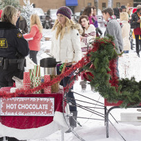 Serving hot chocolate the vampire diaries s6e10