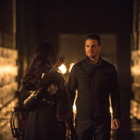 Nyssa Returns - Arrow Season 3 Episode 9