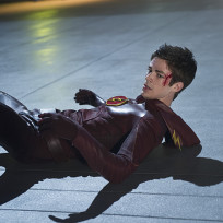 Hitting the Floor - The Flash Season 1 Episode 9