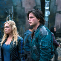 Clarke and finn together at last the 100