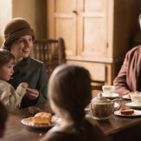 Edith on downton abbey season 5