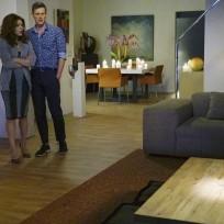 A strange wedding present revenge season 4 episode 14
