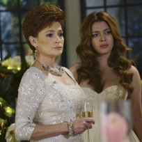 Mother and daughter revenge season 4 episode 14