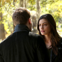 Hayley is angry the originals season 2 episode 12