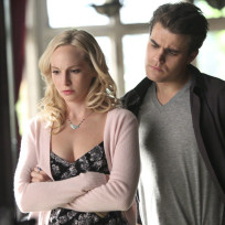 It looks crooked the vampire diaries s6e13