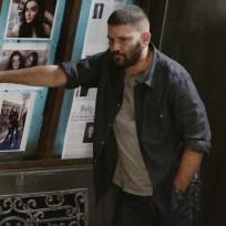 Huck looks tired scandal season 4 episode 11