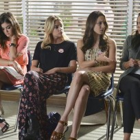 Waiting room pretty little liars s5e19
