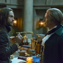 Ichabod and jefferson catch up sleepy hollow s2e16
