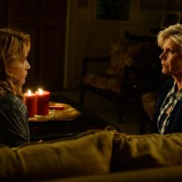 Kathryns mother visits switched at birth