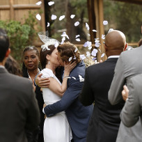 Flower petals the mentalist season 7 episode 13