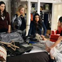 Packing pretty little liars s5e21