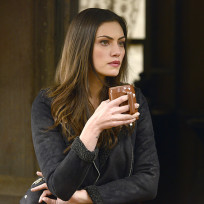 Hayley in the morning the originals s2e16