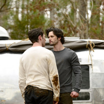 Tension between wolves the originals s2e16