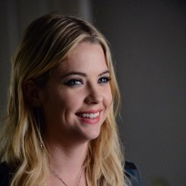 Theres that smile pretty little liars s5e22
