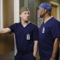 Owen and richard greys anatomy s11e14