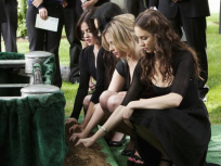Dark Days on PLL