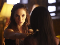 Lost Girl Season 1 Episode 1
